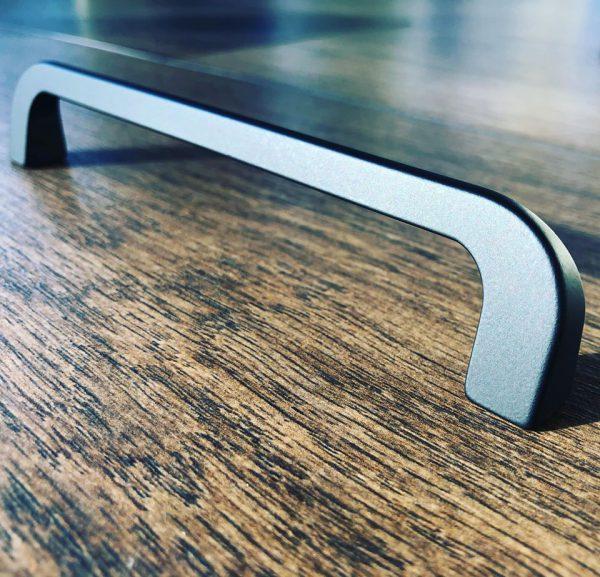 modern black kitchen bar handle