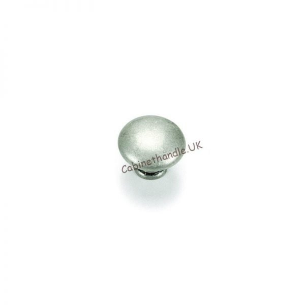 old silver kitchen knob from Giusti