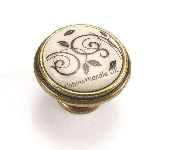 ceramic knob in vintage style by Giusti