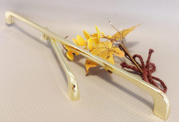 gold bar handles
