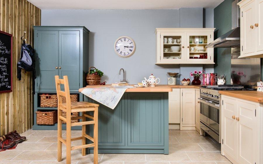bespoke and custom made kitchen yeovil