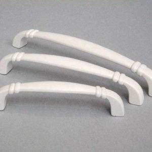 white kitchen drawer handles